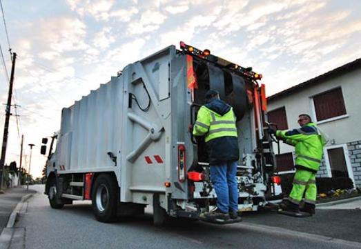 Les dispositifs de gestion des déchets fortement perturbés
